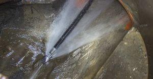 chriswilson Hydrojetting 300x156 - Empresa de desentupimento 24 horas em Barueri